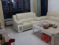 地王国际花园 唯一 南北3室 精装修 带家具