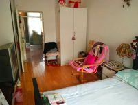 五三小区 南北通透  一室单间 简单装修